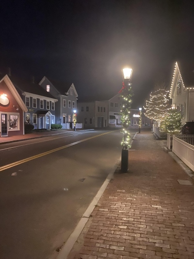 holidays-downtown-hingham-2020